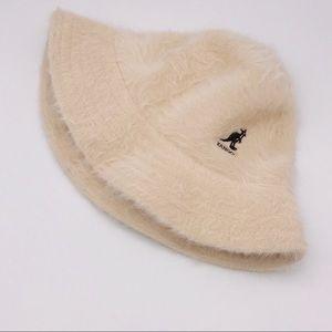 Kangol Angora Bucket Hat Cream NWT